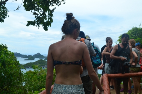 The queue for the viewpoint to take two-second photos