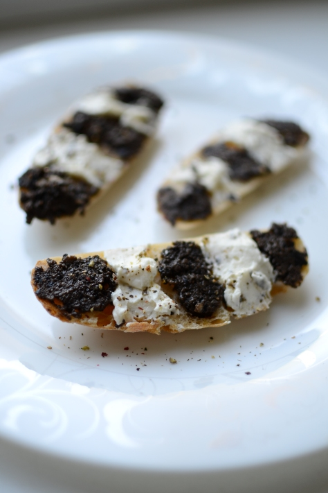 olive tapenade and cream cheese sandwiches